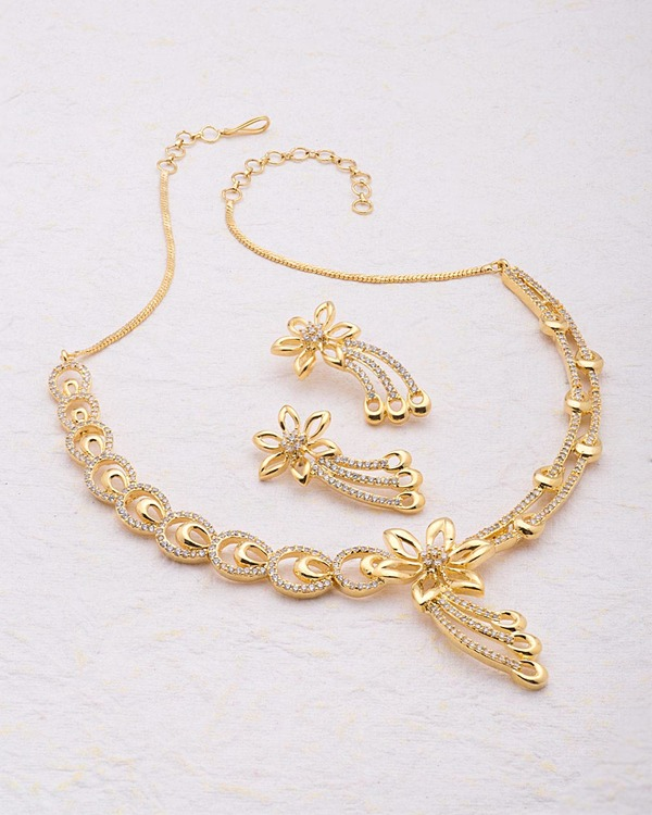fashion s jewellery necklace elegant p carousell gold women on